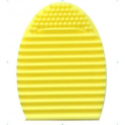 Face Painting Brush cleaning Egg Yellow